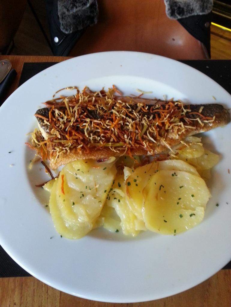 Lubina al teppanyaki con verduras