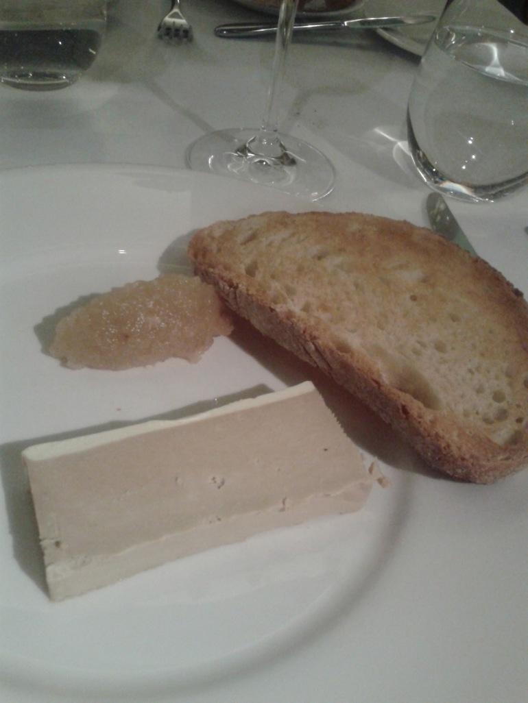 Foie con agridulce de pera