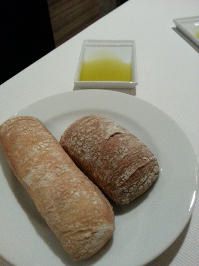 Servicio de pan con aceite