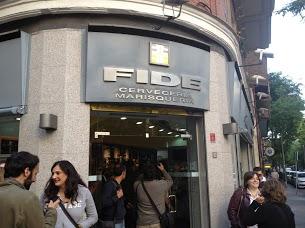 Fachada de Fide (foto de Claudia)
