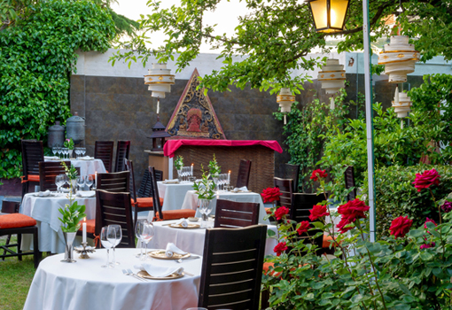 Comedor en el jardín (foto de telva.com)