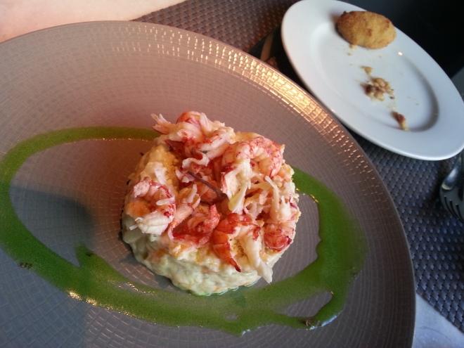 Restaurante Edulis - Ensaladilla Rusa con toppings de camarones