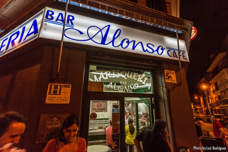 Bar Alonso - Fachada