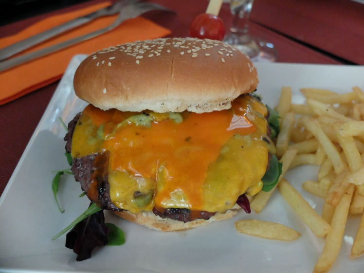 Restaurante Ricks - Hamburguesa Mexicana