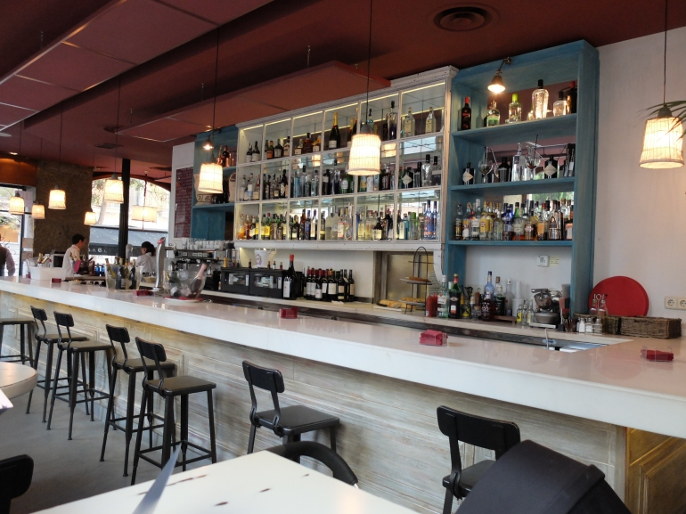 Restaurrante ANEL - Barra estupenda