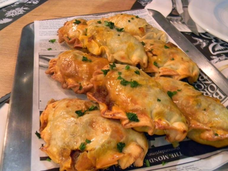 Cooking and Disfruting - Pecado Carnal - Empanadillas de wagyu