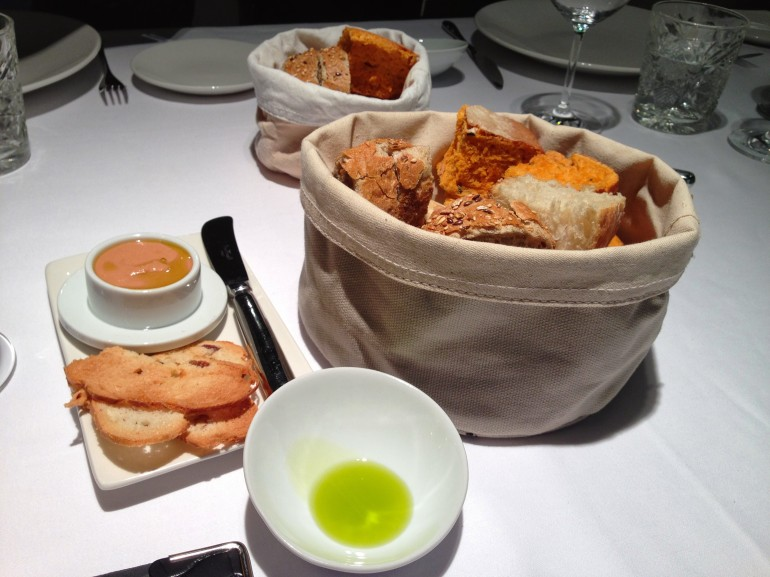 Foie gras, pan, aceite picual