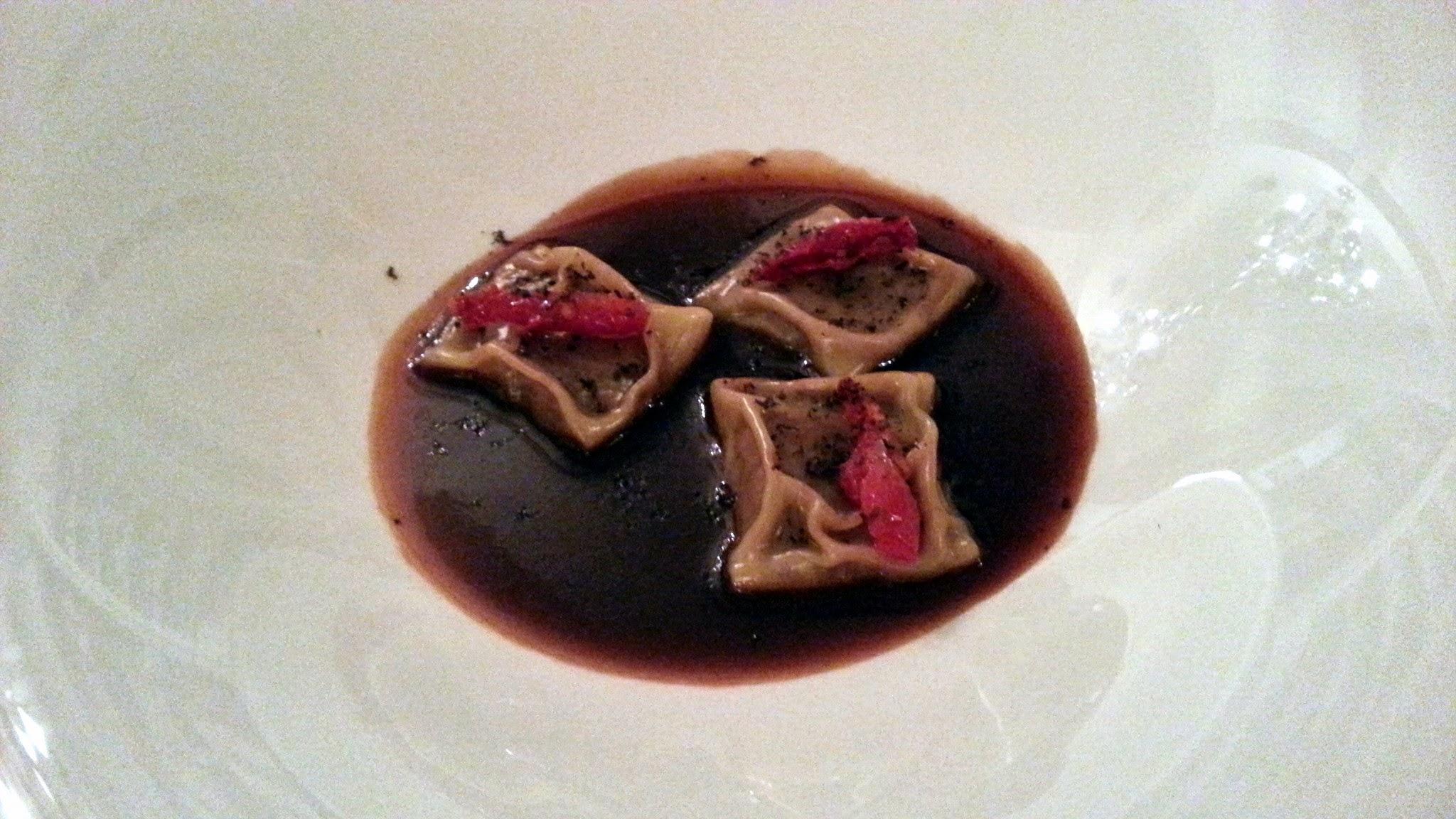 La Gastro-Croquetería de Chema - Raviolis de rabo de toro con tomate seco