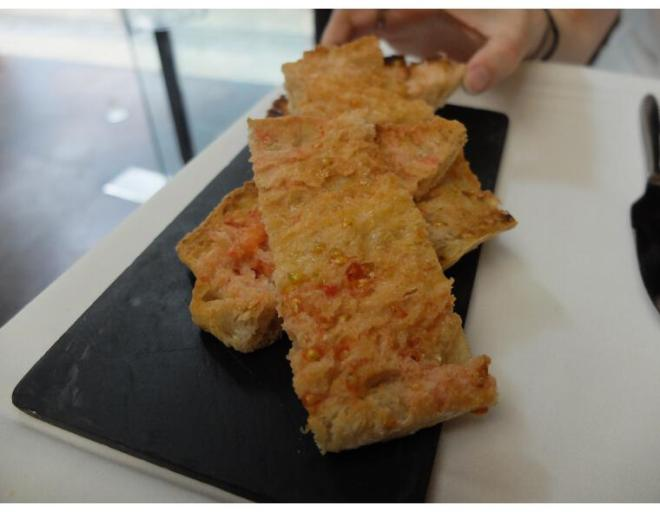 Etapes barcelona pan con tomate